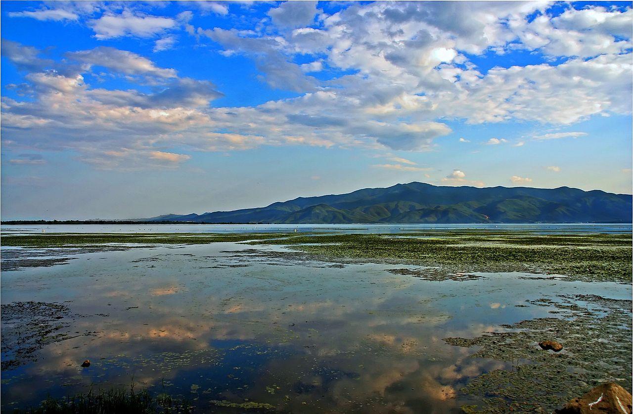 1280px-Kerkini_lake_2