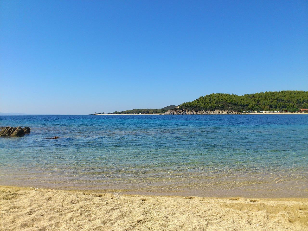 beach-84343_1280