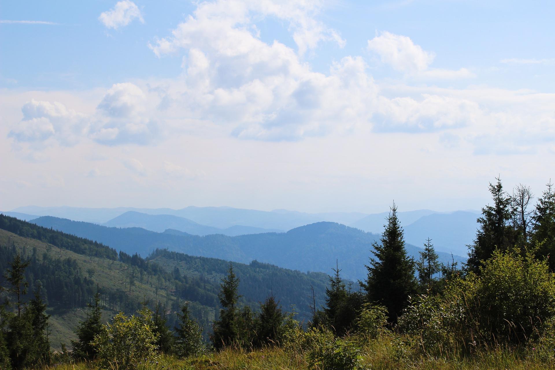 mountains-930290_1920