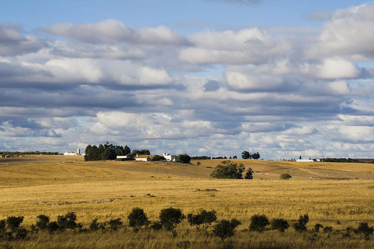 1280px-Alentejo_landscape