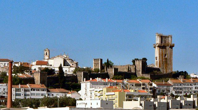 640px-Castelo_de_Beja_2