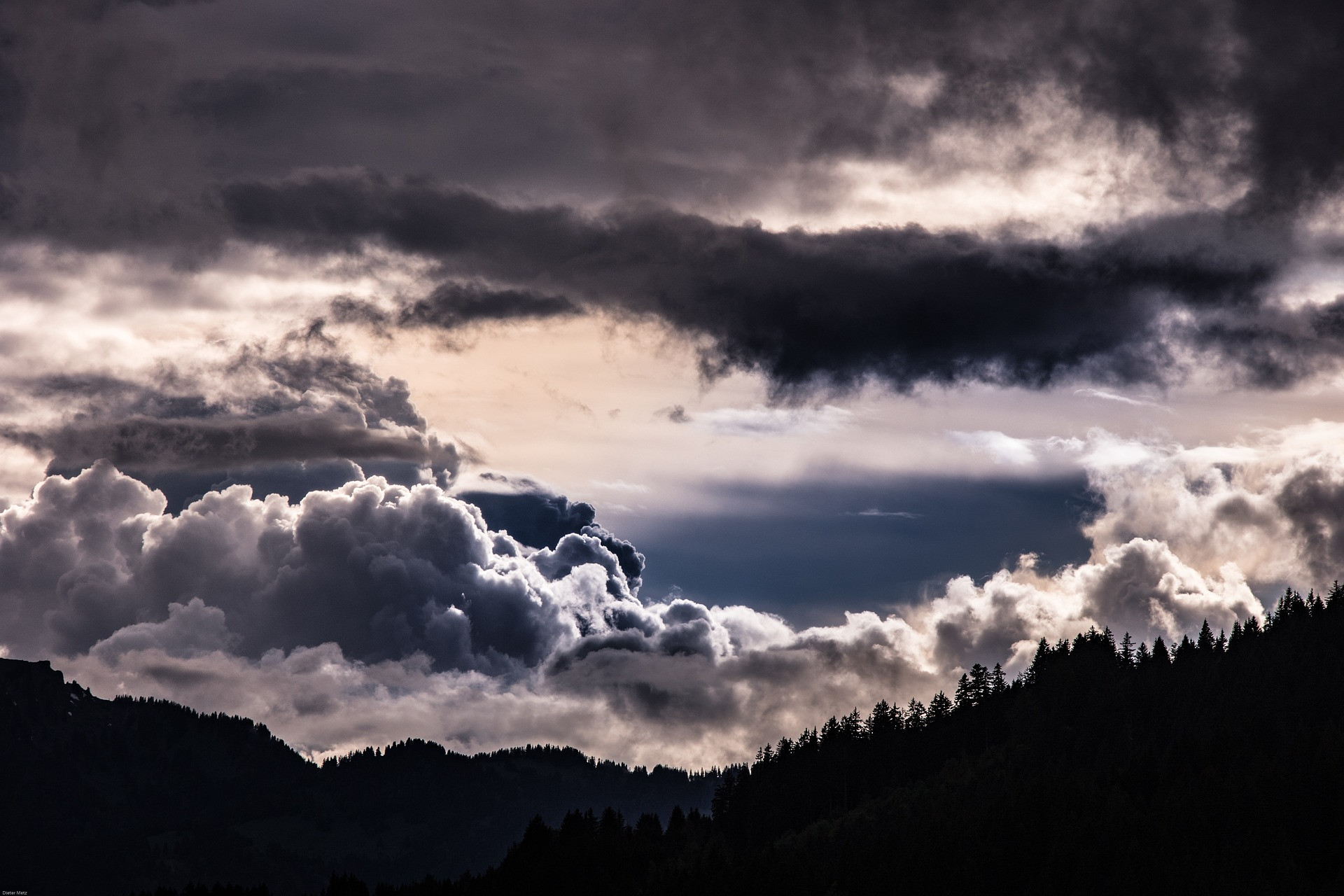 Gewitterwolken in Tirol