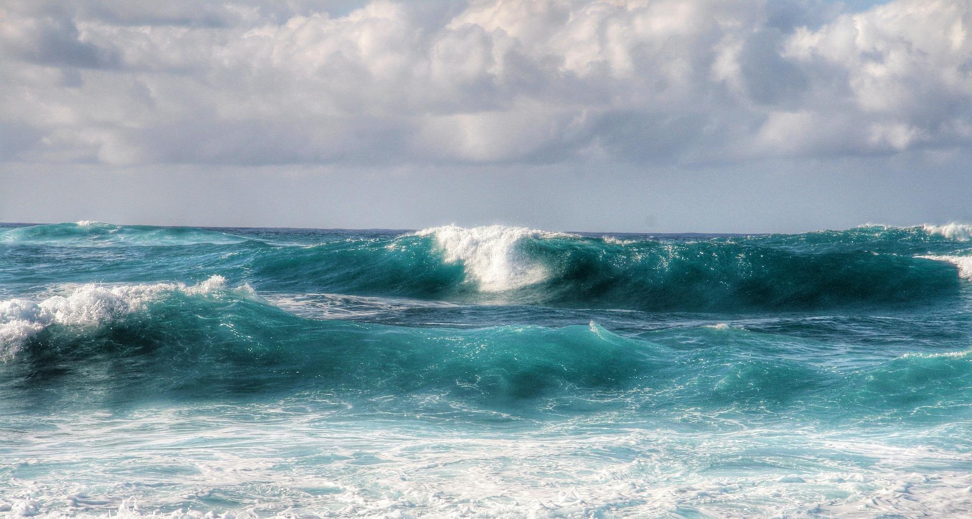 waves-1133973_1920