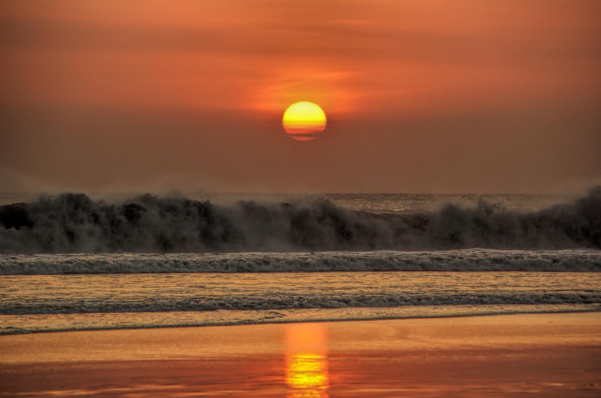sunset-1337686_1920