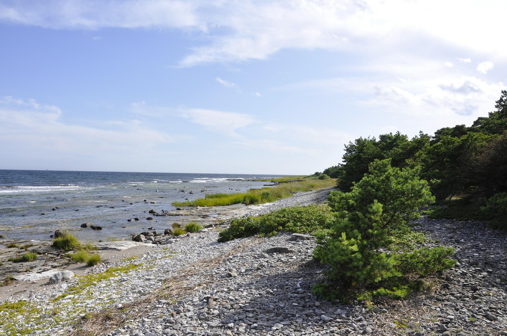 pebble-beach-133314_1920