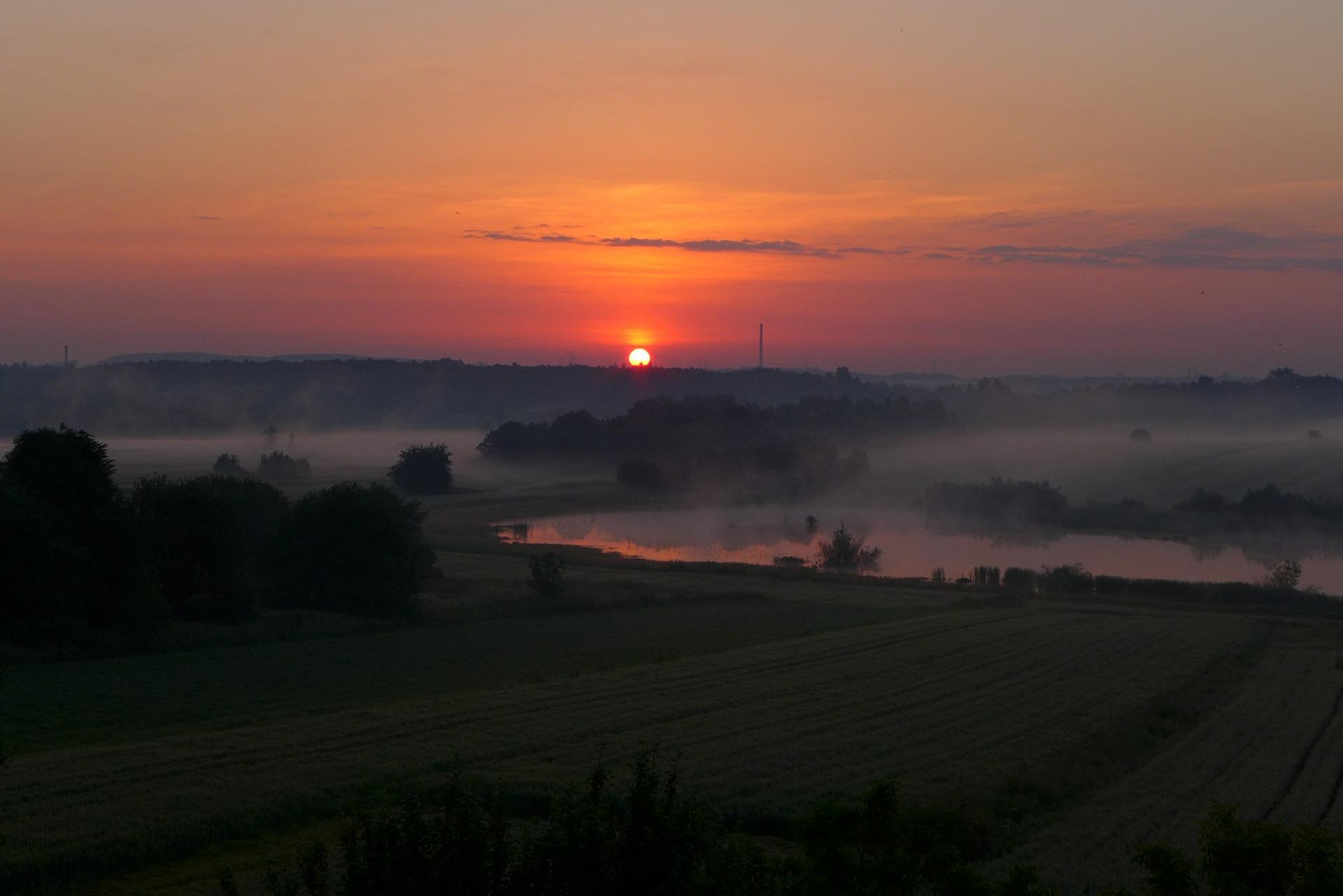 sunrise-462514_1920