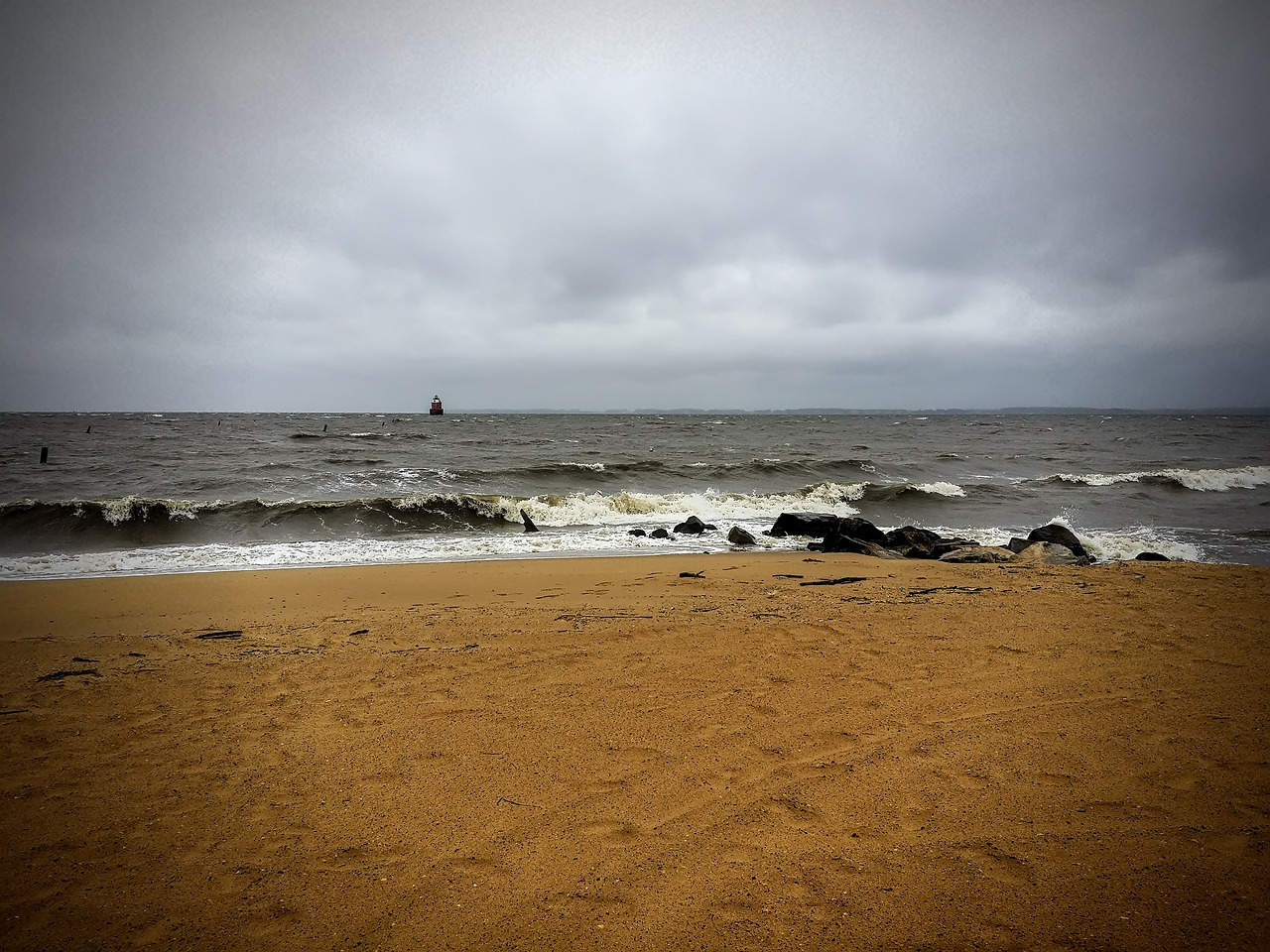 beach-461273_1280