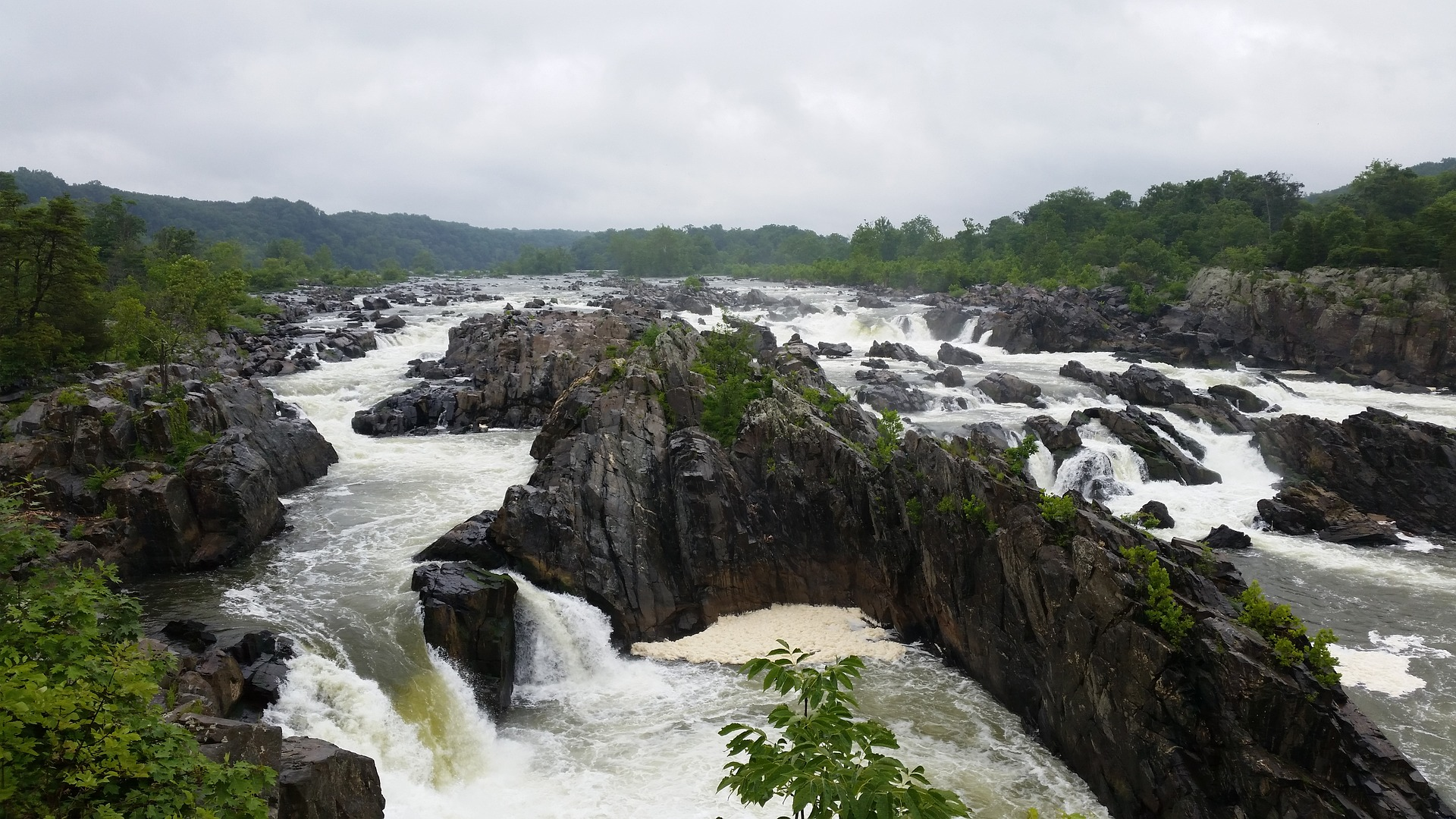 great-falls-park-1581006_1920