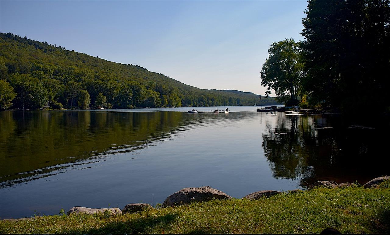 kittatinny-lake-1708835_1280