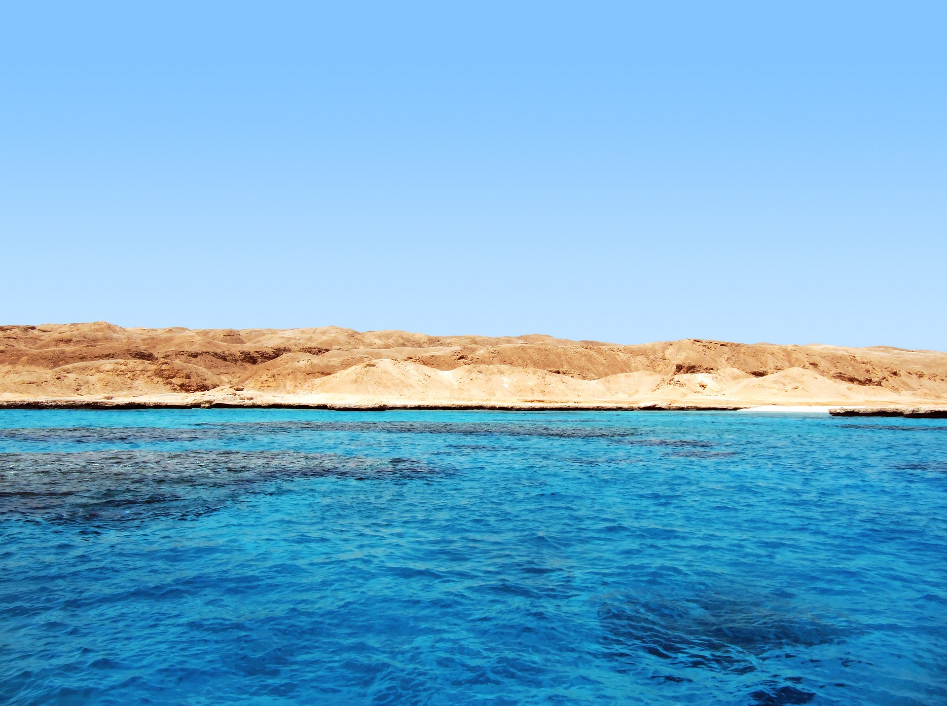 blue-sea-682152_1920