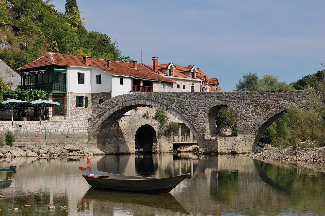 montenegro-1771560_1280