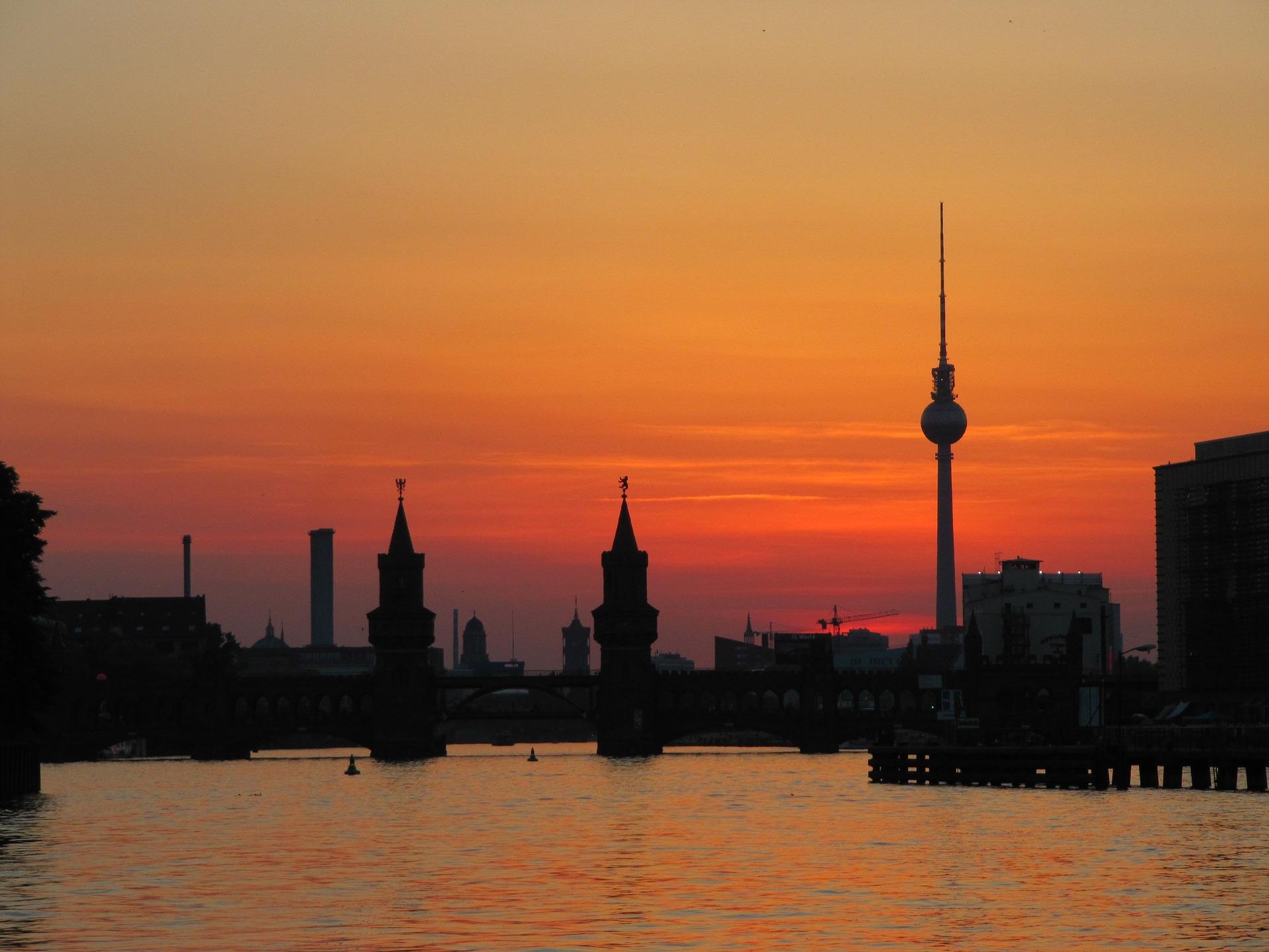 berlin-1079616_1920