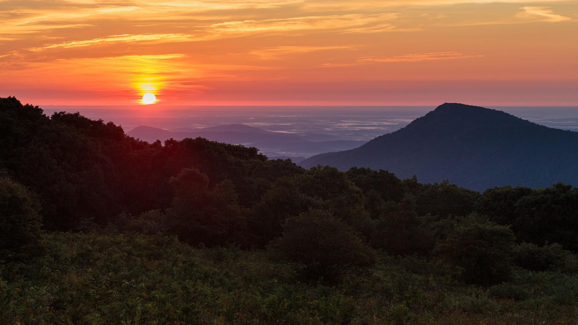 sunrise-2617251_1920