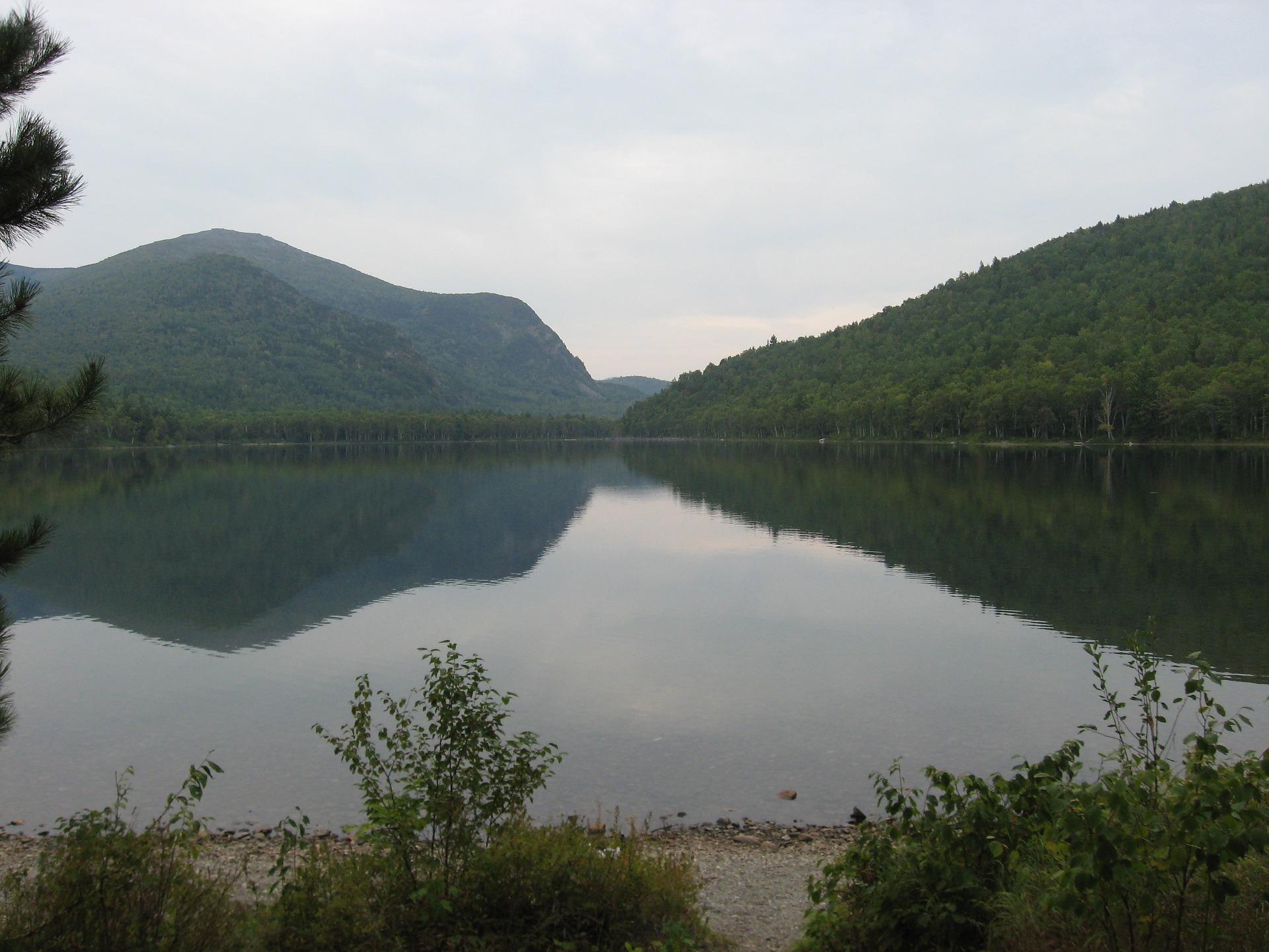 lake-200247_1920