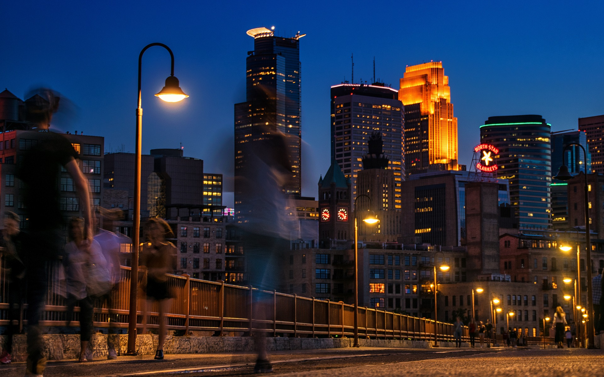 minneapolis-1824972_1920