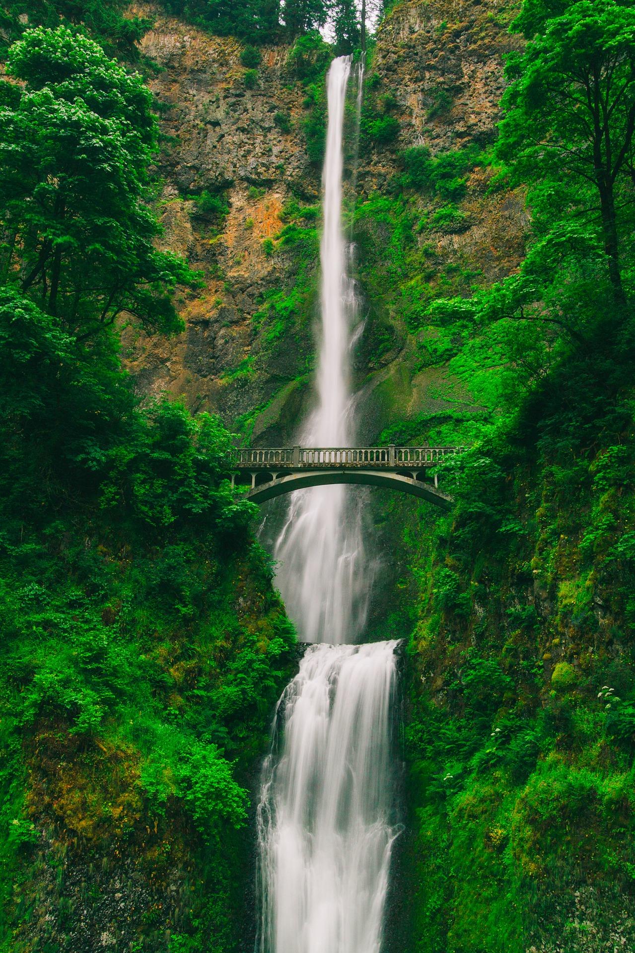 multnomah-falls-2089902_1920